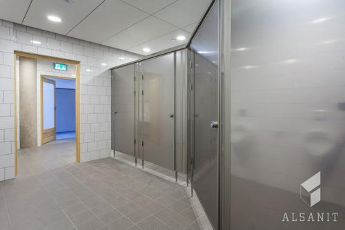 kabiny-wc-eridani-dla-szkol